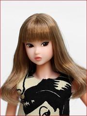 Cartoon Pin up (yoshi_lapoo) Tags: momoko doll petworks pw ccs sekiguchi 15an honeyface alicia