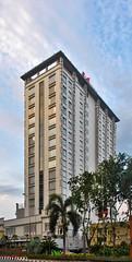 Swissbel Hotel Tunjungan (BxHxTxCx (using album)) Tags: surabaya building gedung architecture arsitektur hotel