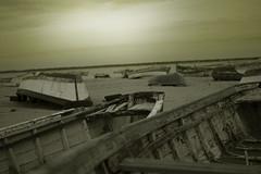 Atardecer en Sanlcar (Vctor Franco) Tags: atardecer tono sanlucar hora azul cadiz espaa nikon long exposicion exposure 35mm 35 18 bokeh sol nubes puesta de sunset