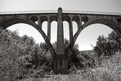 Viaducto de Los Barros (keko click) Tags: baezautiel viaducto viaductodelosbarros bn bw puente bridge linaresbaeza jaén historia b·u