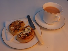 Afternoon Tea (sue_p32) Tags: week47 crumpets white knife 52in2016 afternoontea foodanddrink xs1 tea bonechina