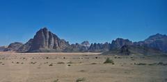 Wadi Rum  /   # 22 (schreibtnix) Tags: reisen travelling naherosten neareast  jordanien jordan  landschaft landscape wste desert wadirum  felsen rocks himmel sky blau blue olympuse5 schreibtnix