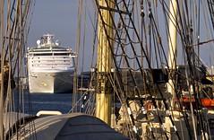 Corset on a Princess (Padmacara) Tags: sky clouds port ship harbour australia fremantle rigging g11 shadowlight sunprincess leeuwinii