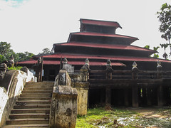 "Inwala monastère Bagaya Kyaung <a style=""margin-left:10px; font-size:0.8em;"" href=""http://www.flickr.com/photos/127723101@N04/22869744479/"" target=""_blank"">@flickr</a>"