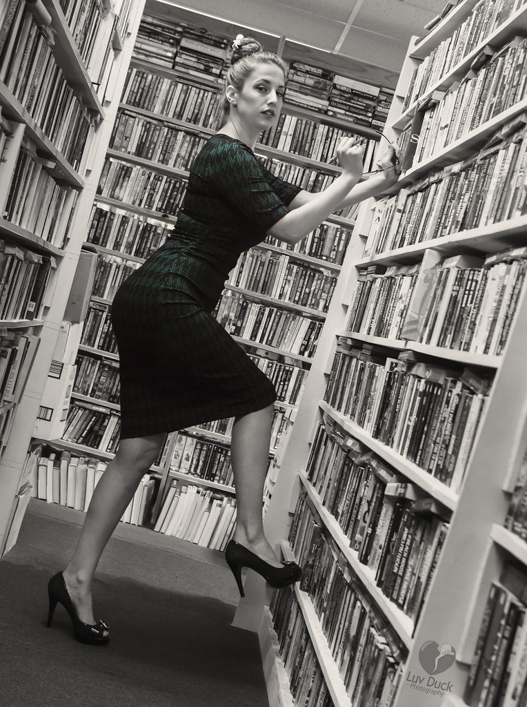 The World s Best Photos of librarian and modeling - Flickr Hive Mind 7d1ad9333
