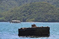 Ilha Grande - Rio de Janeiro - Brasil - 2013 (Jose Vasconcelos Neto) Tags: praia rio brasil de mar grande janeiro ilha escuna carrancas 2013 ilhagrande2013