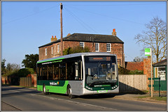 Norfolk Green 25129 (Jason 87030) Tags: work april 2015 optare 25129 bitsnbobs terringtonstclement yk57fhm haygreencorner busstop