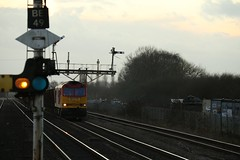 Iron Ore Through Barnetby (Derbyshire Harrier) Tags: winter railway lincolnshire railwaystation freight dbs ironore 2015 class60 barnetby semaphoresignals 60024