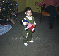 Yours Truly (Joe Geronimo) Tags: kodak kodachrome slidefilm camera canon nikon minolta konica fuji newyork manhattan christmas holiday newyears family usa travel