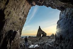 watch the light (jeanny mueller) Tags: cadavedo beach playa cueva cave hhle spanien spain espana asturien asturias sunset sunrise light rock landscape seascape nature outdoor people