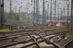 Dortmund Hbf / Main station (Mado46) Tags: bxl06 mado46 germany deutschland dortmund nrw gleise schienen tracks dortmundmainstation dortmunderhauptbahnhof dortmundhbf 111v1f