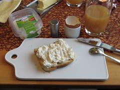Bio-Geflgelsalat auf Toast (multipel_bleiben) Tags: essen frhstck bio aufstrich salat geflgel