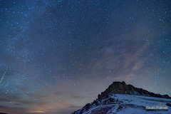 Steamboat Meteor (kevin-palmer) Tags: bighornmountains bighornnationalforest winter december night sky stars starry astronomy astrophotography dark nikond750 tokina1628mmf28 clouds clear blue snow snowy cold frigid steamboatpoint peak mountain meteor nightscape north ursamajor bigdipper shootingstar astrometrydotnet:id=nova1850127 astrometrydotnet:status=failed