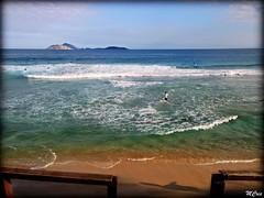 Praia do Arpoador/RJ... MCris (mcrisab) Tags: verde mar espuma oceano visual praia playa beach natureza gua