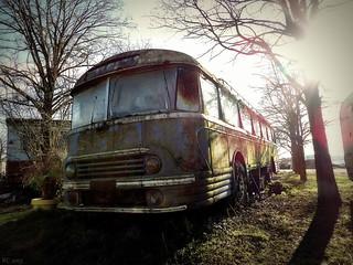 L'autocar rouillé