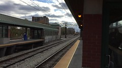 Inbound Metra Electric #122 arriving at 55th-56th-57th Street Station. (milesjajich) Tags: 122
