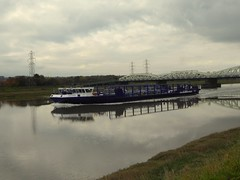 Connah`s Quay (feroequineologist) Tags: ship canal