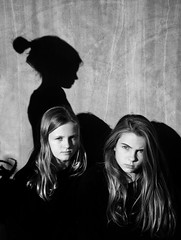 we three (.Betina.) Tags: girls sisters betinalaplante blackandwhite portrait bb shadow shadowplay