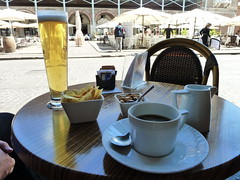 A hot afternoon in Italy - MAntua (Kevin J. Norman) Tags: mantua lombardy