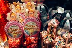 Fizzing Whizzbees & Bertie Bott's Every Flavour Beans (Nicolas Kuentz) Tags: set beans harry potter exhibition exposition sweets behind items bertie scenes bonbons flavour sweetshop bott surprises drages fizzing honeydukes crochue fizwizbiz whizzbees