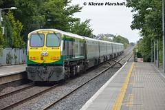 215 passes Portlaoise, 7/9/15 (hurricanemk1c) Tags: irish train gm rail railway trains railways irishrail 201 215 generalmotors portlaoise 2015 emd iarnród éireann iarnródéireann 1020corkheuston