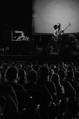 Kevin Johansen y Liniers. (Leonardo Alpuin Photography) Tags: blackandwhite monochrome greyscale liniers bahiablanca kevinjohansen ricardosiri teatrodonbosco