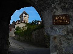 PORT MAJOUE (wuploteg1) Tags: world france heritage beautiful saint site villages unesco plus porte mundial bertrand alto francia garonne haute beaux patrimonio garona comminges majou majoue