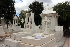 Beautiful Tombs, Town Cemetery, Dolores Hidalgo, Mexico (Bencito the Traveller) Tags: mexico tomb doloreshidalgo towncemetery