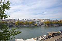 Paris! (Herculeus.) Tags: paris france buildings river landscape oct bridges houseboat motorboats residential barges 2015 shipsboats pontdebirhakeim 5photosaday archtypebridges seinefrance sfhomes aptcondo bridgesovertheseineinparis paristonormandyfrance15