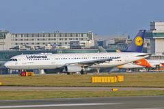 """D-AIDW Airbus A.321-231 Lufthansa MAN 20-12-15 (PlanecrazyUK) Tags: man manchester lufthansa ringway egcc airport"""" airbusa321231 """"manchester 201215 daidw"""