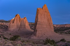 *The Monoliths of Upper Cathedral Valley @ blue hour* (albert.wirtz) Tags: albertwirtz usa cathedralvalley uppercathedralvalley buttes capitolreef unitedstates vereinigtestaaten amerika america bluehour blauestunde nikon d700 southwest sdwesten utah monoliths monoliten gypsumsinkhole cathedralroad cainevillewashroad riverford capitolreefnationalpark
