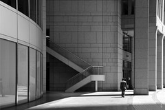 (cherco) Tags: alone solitario japan japon tokio tokyo tokyometropolis composition composicion canon city ciudad lonely solitary man blancoynegro blackandwhite stairs escaleras 5d