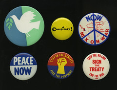 Buttons, 1969-1971 (Regional History Center & NIU Archives) Tags: boycott demonstration protest niu northernillinoisuniversity student buttons pins activism