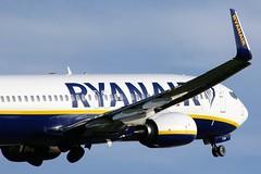 EI-FON (AnDrEwMHoLdEn) Tags: ryanair 737 egcc airport manchester manchesterairport 23l
