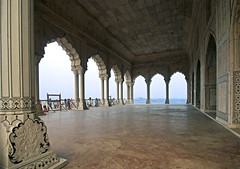 16 3093 - Inde, Agra, le Fort Rouge, le Diwan-I-Am (jeanpierreossorio) Tags: inde agra fortrouge palais chteau colonne