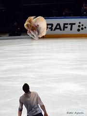 The Twist (ester.ayerdi) Tags: isu figure skating figureskating iceskating pairs patinaje artistico patinajeartistico hielo twist savchenko massot savchenkomassot