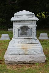 IMG_0520 (Equina27) Tags: ma massachusetts tombstone gravestone zinc whitebronze cuboidpedestal