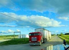 Dryden Chip Hauler (jr-transport) Tags: wood offroad btrain chip van freightliner hauler cabover