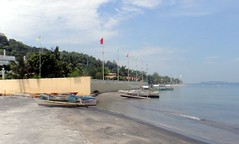 20150727_011 (Subic) Tags: people philippines hash