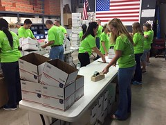 """Sponsored Packing Event with FPL • <a style=""""font-size:0.8em;"""" href=""""http://www.flickr.com/photos/58294716@N02/21900246953/"""" target=""""_blank"""">View on Flickr</a>"""
