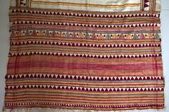 VINTAGE SHAWL FROM THE RECLUSIVE DONGRIA KONDH TRIBE (wovensouls) Tags: vintage shawldongria kondh tribe gondh odisha orissa adivasi ati141 141