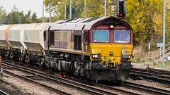 66037 (JOHN BRACE) Tags: 1998 gmemd london canada built co class 66 loco 66037 seen tonbridge english welsh scottish livery 1100 tolworth cliffe brett marine passin 1325 7 late