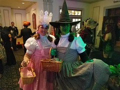 Glinda the Good Witch and the Wicked Witch of the West dressed as Dorothy Gale for Halloween 2016 in Salem, MA (Halloween in Oz) Tags: seanbrown wickedwitchofthewest halloween2016 salem ma hawthornehotelcostumeball sevendeadlysins glinda oz halloweeninoz salemhauntedhappenings salemhauntedhappenings2016
