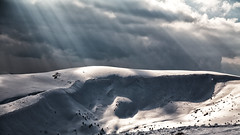 Spring landscape of Svydovets Ridge (-Visavis) Tags: svydovets carpathians ukraine sunrays mountains westernukraine snow clouds canoneos5d ef24105mmf4lisusm