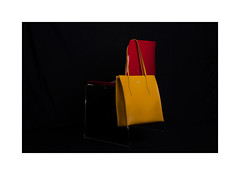 yellow - red (Istvan Penzes) Tags: penzes nikond3x nikonnikkorafd50mm14 handheld bag elinchrom flash elinchrom400elb quadrahs litemotiv120cmsoftbox