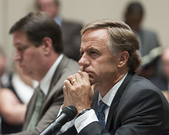8-13-15 Governor Bill Haslam leads a discussion on Transportation and Infrastructure Needs in Nashville (Governor Bill Haslam) Tags: usa tn nashville august transportation infrastructure 813 governorbillhaslam