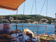 (ceeciiliab) Tags: island boat greece isla fiskardo