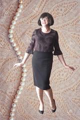 DSCN5199+fond perles 1 soso pix (sophie_bas_nylons) Tags: stockings office sophie exhib lingerie tranny heels bas bcbg pinup nylon salope travestie perles coquine