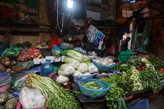 Chau Long Market, Tay Ho (silkylemur) Tags: 6d canon6d canoneos canoneos6d efmount efãã¦ã³ã efãã¦ã³ãã¬ã³ãº fullframe ãã£ãã³ ãã£ãã³ã¬ã³ãº ãã¤ãã³eos6d hànội hanoi vietnam 2015 winter efマウント efマウントレンズ キャノン キャノンレンズ キヤノンeos6d chaulongmarket tayho market wetmarket chaulong canonef24105mmf4lisusm southeastasia asia asian ハノイベトナム