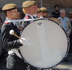 MIlitary drummer (bokage) Tags: musician uniform sweden stockholm military guard drummer sailor changeofguard vaktparaden bokage